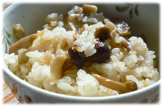 きのこの炊き込みご飯(4人分)