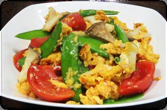 トマトとエリンギとさやえんどうの卵とじ(4人分)